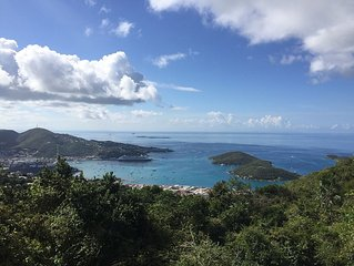 Striking Harbor Views within minutes to Magen's Bay!