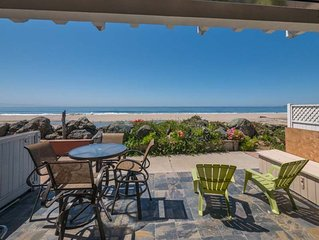 Beach Front Paradise (Upscale Home) - With 5 Star Rating!