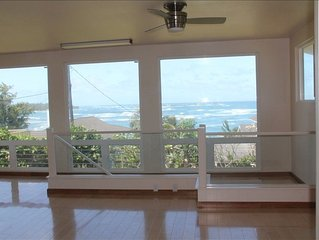 Gorgeous Ocean View! Steps to the Beach with AC option