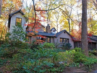 Cabin/Compound In The Woods Sleeps 14