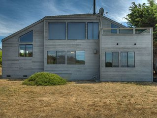Above The Cove: 3  BR, 3  BA House in The Sea Ranch, Sleeps 6