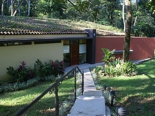 Villa - Rainforest Seclusion, 3 Master Suites and Private Pool