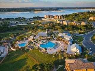 Hollows Resort, Luxury Villa, Great View of Lake Travis & Hill Country
