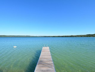 North Lake Leelenau Retreat! Beautiful Lake Views And Frontage