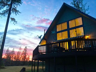 Starlit Chalet on Yosemite's Doorstep—3,800' High — Silent! Secluded!! Stars!!!