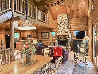 3BR Mountain Cabin - Skier and Golfer Paradise, Private, Sleeps 10