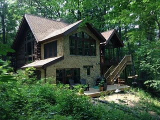 Gorgeous, Private Hiking/Biking/Winter Retreat in the Woods