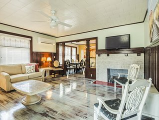 Beachside Great for Family and Friends' gathering Sleeps up to 14.From $250 5/5