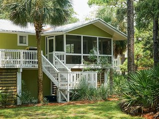 Adorable 3BR/2BA beach cottage on Fripp Island.