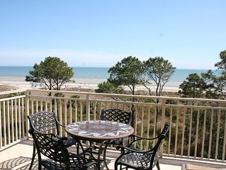 Oceanfront 3 Bedroom with Private Balcony & Panoramic Oceanfront Views!