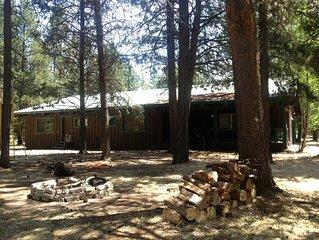 The Wagon Wheel - Come Relax  in La Pine