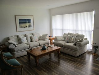 Furnished 4/2 home on water & quiet street. Close to intracoastal/restaurants