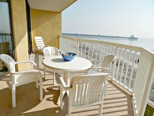 208 West - Amazing Views, Ocean Front, Center of Everything, Clean and Comforta