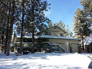 3,000 Sq.Ft. Beautiful House, WIFI, Close To Lake, Ski Lift