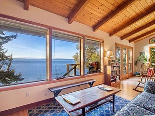 BEST VALUE! WATERFRONT! PET FRIENDLY! - (Madrona House)