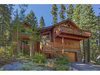 Tahoe Treehouse: Spectacular Forest Setting and HOA Beach Access