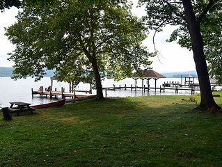 Modern Cayuga Lake Home W/Chefs Kitchen, Large Grass Lawn For Events! Sleeps 12!