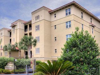 Down By The Sea! Gigantic Oceanview Condo! Less than 0.1 Miles to Beach