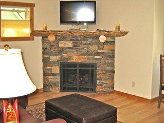 Luxury Retreat-1 Bedroom; Minutes from the slopes; borders Nature Preserve
