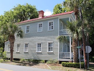 Southern living in Historic Downtown Beaufort