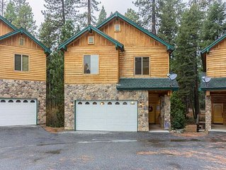 Beautiful, Cozy Condo in Shaver Lake