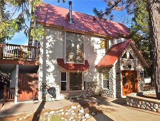 Carriage House: 4 BR / 3.5 BA  in Shaver Lake, Sleeps 14