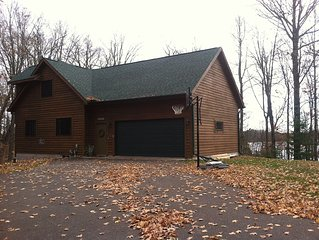 A comfortable getaway near trails and lakes