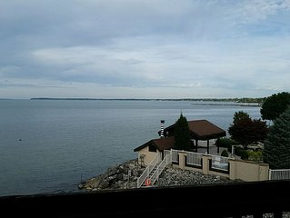 Lake View Lake Front Condo#47-Private Beach, Pool, Hot Tub, Tennis Court, Grills