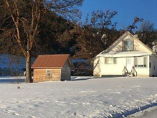 Hampton Homestead Farm House on Cherry Orchard