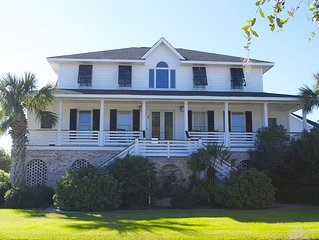CASA INTRACOASTAL - Isle of Palms Beach House with Pool and Golf Course Views