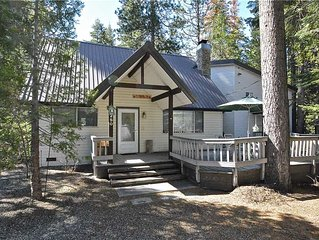 Kokanee Cove: 4 BR / 3.5 BA  in Shaver Lake, Sleeps 12