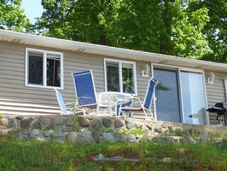 Cozy Lakefront Cottage on Beautiful Round Lake in Sister Lakes MI