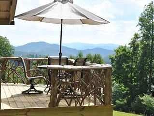 1000 Acres of Solitude + Million Dollar View + Appalachian Farm Stay