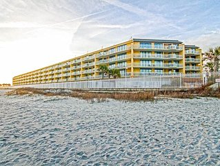 Ocean and Pier View with 2 Community Pools, Walk to Center St. for Dining and S