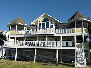 Oceanfront/Beautiful Views/Media Room/Great for Reunions/Screened Porch