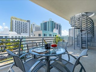 Multi Level Penthouse w/ Scenic City Views and a Private Rooftop Jacuzzi