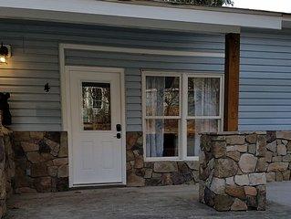 Dogwood Cottage near Biltmore Park & the Blue Ridge Parkway!