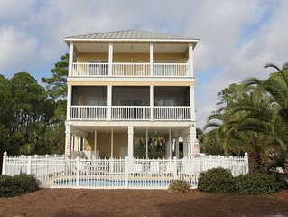 Whispering Palms - 1st Tier home with a private pool and is pet friendly!