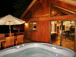 Tahoe Woods - 3 BR w/ Hot Tub. Dogs OK!