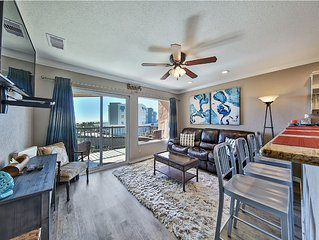 We LOVE approved pets. Top floor, Gulf Views. King bed. Washer/ dryer, WiFI,