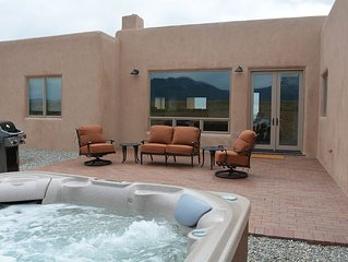 Casa del Sol- On 10 Acres Private and Secluded with Grand Mountain Views
