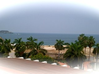 GREAT INTOWN LOCATION :  private 2700 sq ft penthouse overlooking Chahue Bay