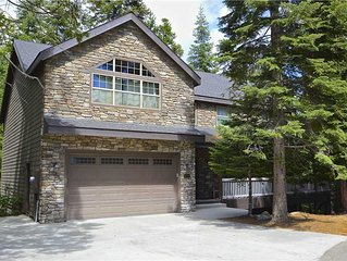 Alderhill: 4 BR / 3 BA  in Shaver Lake, Sleeps 10