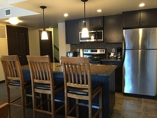 Ultimate Suite, West facing, Premium Stayz Canmore