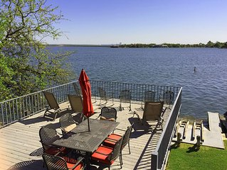 Gorgeous Waterfront Townhome