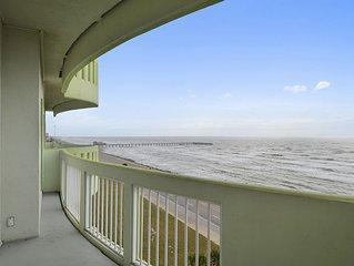 Sol Mate 8th floor Ocean Grove breathtaking ocean views from beautiful condo!