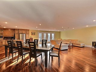 15 min from the Mont Tremblant Ski Hills, Perfect for Families and Friends !