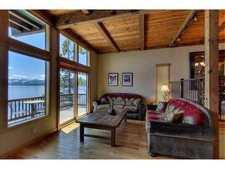 Star Harbor #17 - Lakefront: Charming Lake Front Condo With Boat Harbor
