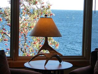 3 NIGHT SPECIAL *Spectacular Retreat! Right On Lake Superior*Split Rock