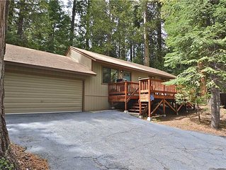 Golden Pond Getaway: 3 BR / 2 BA  in Shaver Lake, Sleeps 6